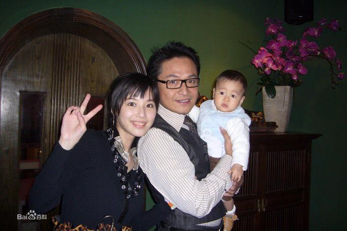Đời tư bê bối của mỹ nam phim Quỳnh Dao: quấy rối tình dục bạn diễn, đánh vợ như kẻ thù, chống người thi hành công vụ-3
