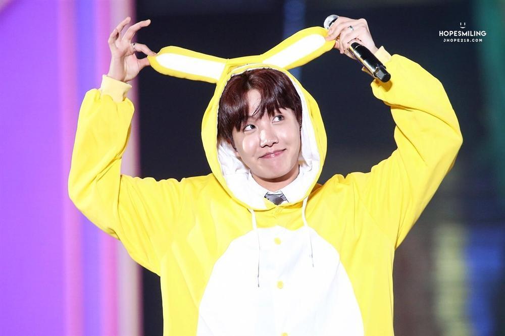 Pikachu nhảy Boy With Luv của BTS siêu dễ thương chính là clip gây bão nhất tuần qua, bạn đã xem chưa?-5