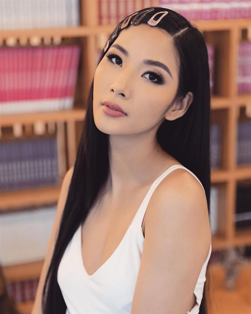 Bản tin Hoa hậu Hoàn vũ 12/5: Quả bom sex giật spotlight của Hoàng Thùy với clip biểu cảm gợi dục-2