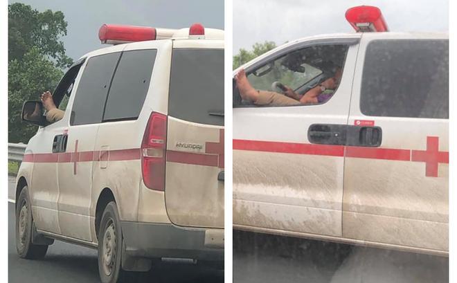 Clip: Hốt hoảng nhìn tài xế xe cứu thương vừa phóng xe trên cao tốc vừa gác chân lên cửa nghe điện thoại-3