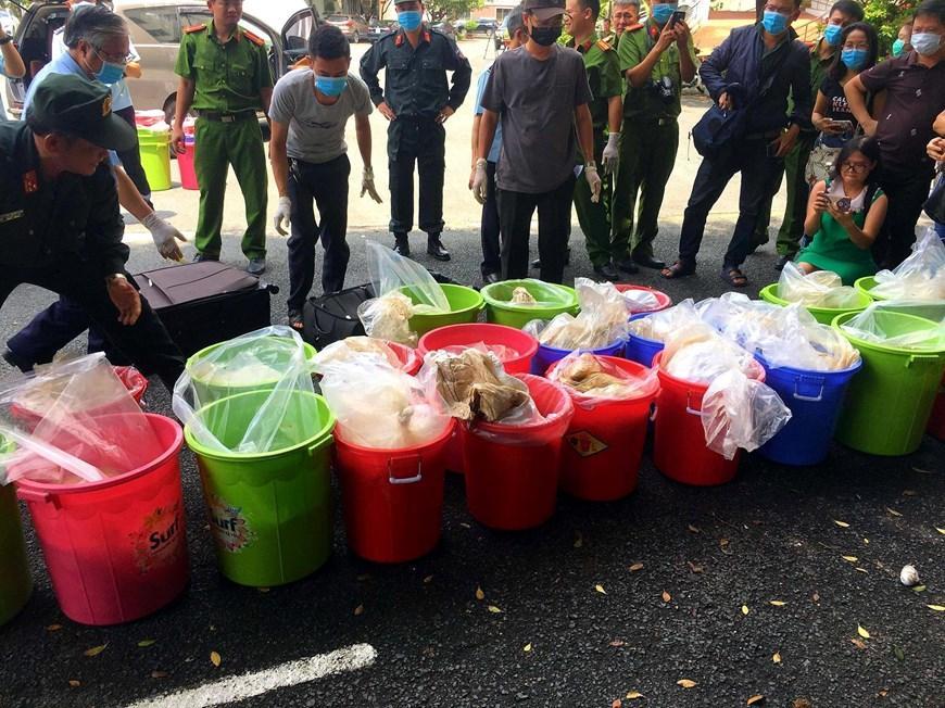 Hình ảnh vụ bắt nhóm người nước ngoài vận chuyển 500kg ma túy-3