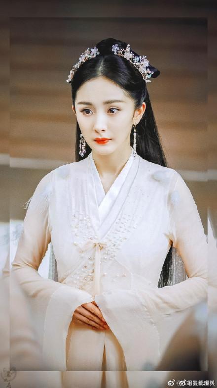 Dương Mịch và La Vân Hy lần đầu tiên kết đôi trong Kính song thành?-2