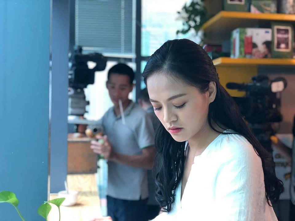 Kết phim Về nhà đi con: Sau khi ly dị gã chồng bạc bẽo, Thu Quỳnh yêu bố bạn thân của em gái-5