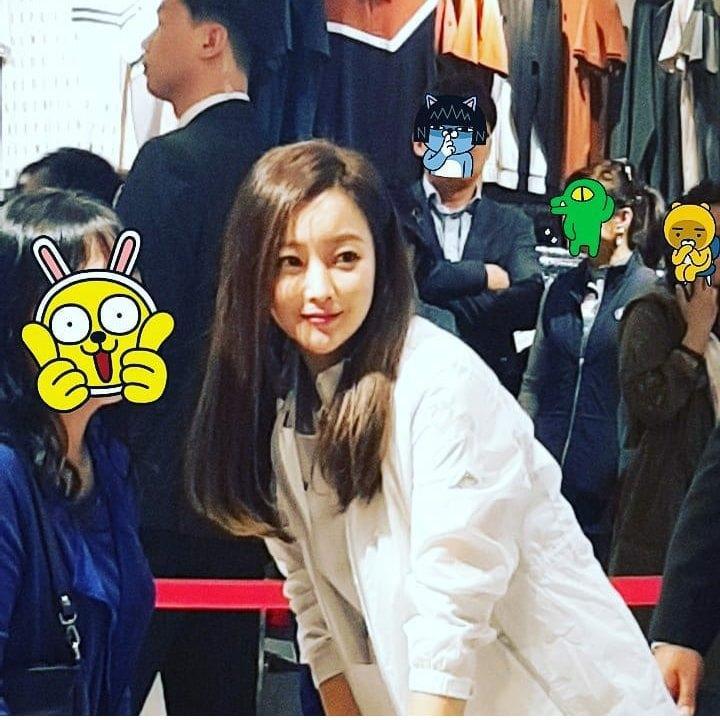 41 tuổi mà Kim Hee Sun vẫn trẻ đẹp khó tin bất chấp việc bị chụp bởi camera thường-2