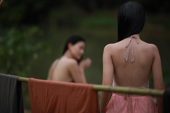 Angela Phương Trinh và những nghệ sĩ đóng cảnh khoe thân khi chưa 18-2