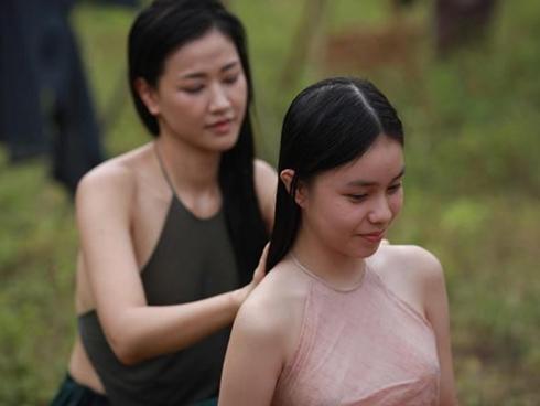 Angela Phương Trinh và những sao đóng cảnh nóng khi chưa 18
