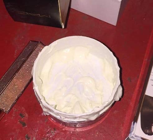 Bóc phốt em gái dùng hết cả hộp kem trộn để tắm trắng, cô chị khiến người xem hú hồn khi nhìn thành quả-3