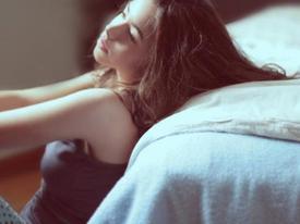 Yêu 5 ngày cưới, vợ trẻ sợ hãi khi chồng đòi 'yêu' quá nhiều