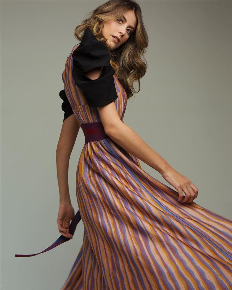 Bản tin Hoa hậu Hoàn vũ 13/5: Chưa xuất trận nhưng Hoàng Thùy đã bị đối thủ Colombia đe dọa... cho ngửi khói-6