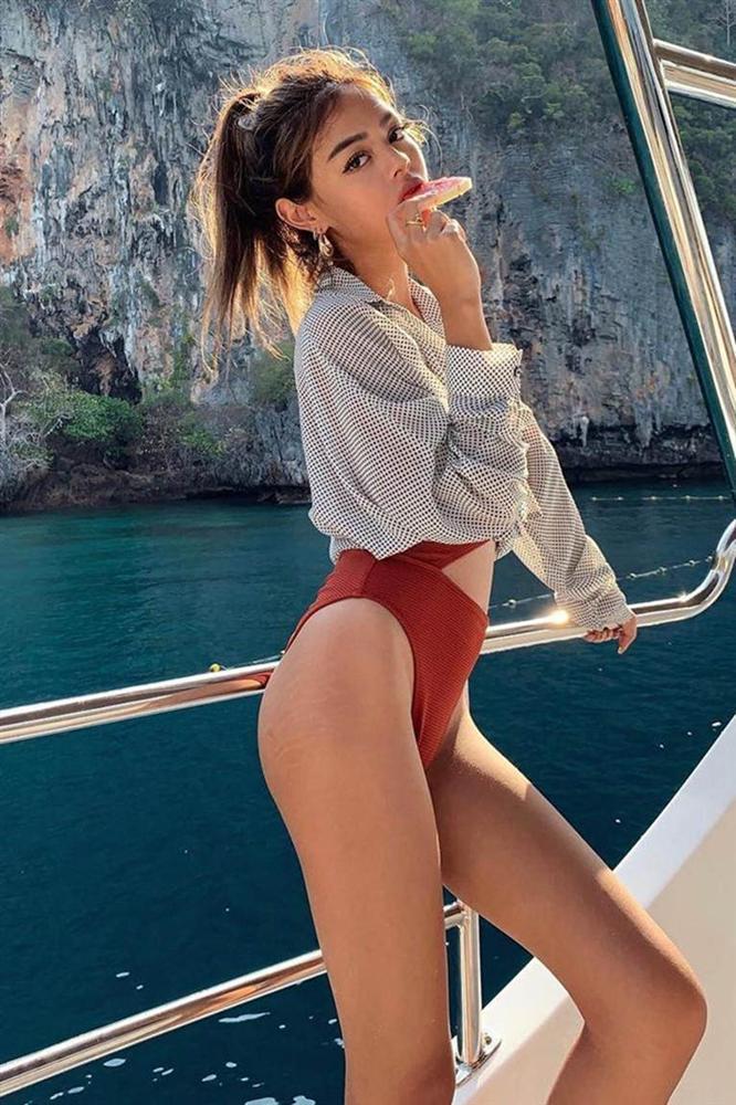 5 hot girl ngoại quốc nổi đình đám ở Việt Nam nhờ xinh đẹp, gợi cảm-5