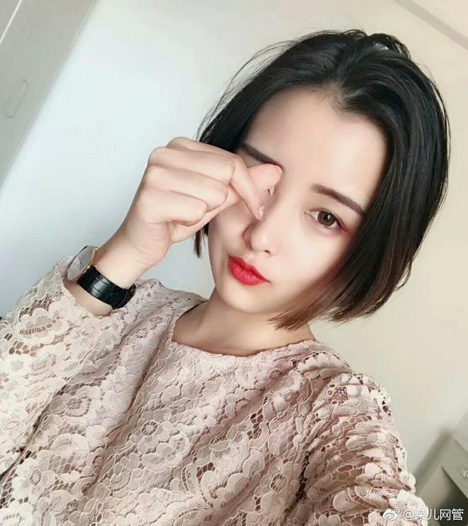 5 hot girl ngoại quốc nổi đình đám ở Việt Nam nhờ xinh đẹp, gợi cảm-13