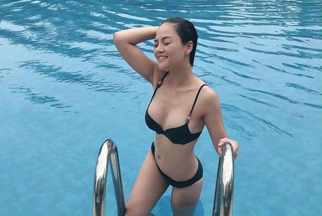 Dàn mỹ nhân Quỳnh búp bê nóng bỏng với bikini-10