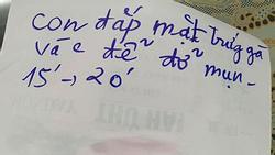 Mẹ 63 tuổi vẫn hàng ngày viết giấy nhắc nhở con gái như em bé