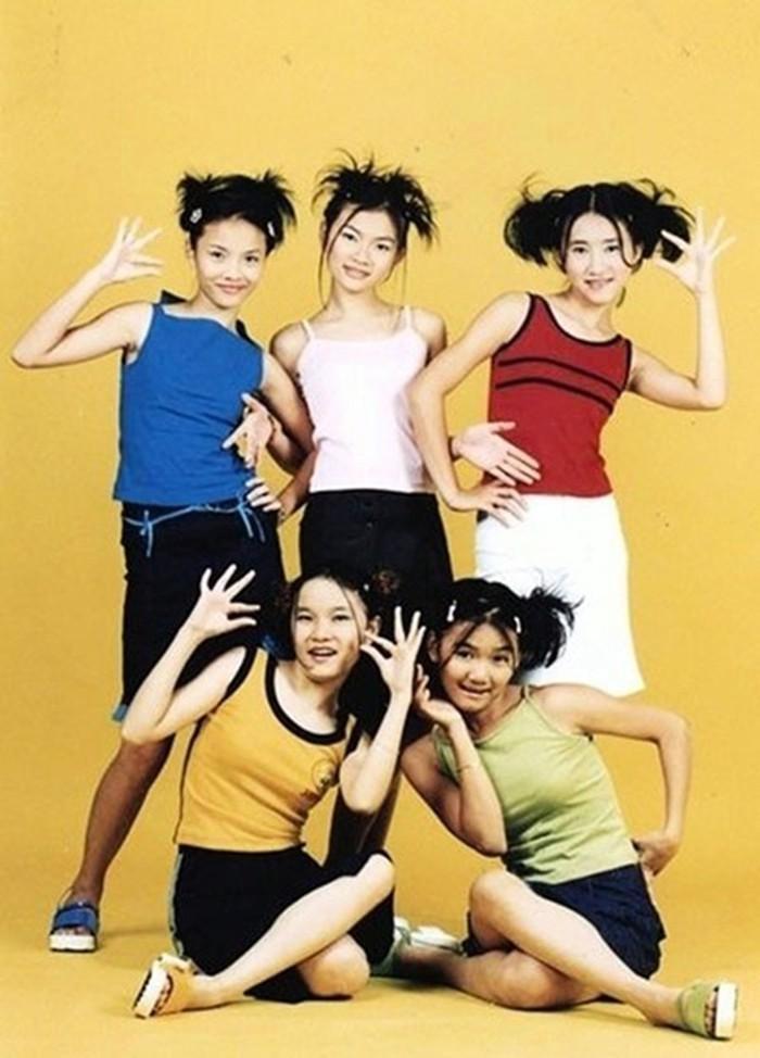 Từ hình thời ơ kìa của Ngô Kiến Huy: Fan ngã ngửa trước phong cách thời trang các nhóm nhạc đình đám cách đây 10 năm-11