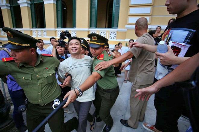 Tòa trả hồ sơ xem xét lại tội danh của hot girl Ngọc Miu và ông trùm ma túy Văn Kính Dương-2