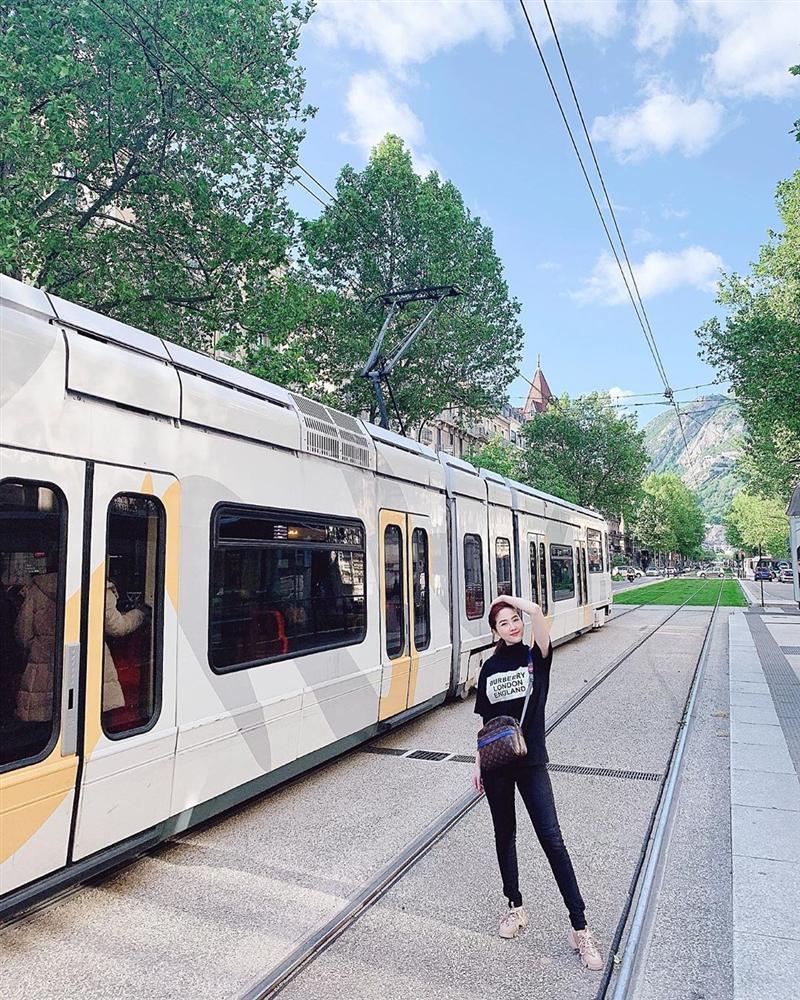 Hoa hậu Kỳ Duyên thông báo chuẩn bị mất tích 1 tháng với người tình tin đồn Minh Triệu-2