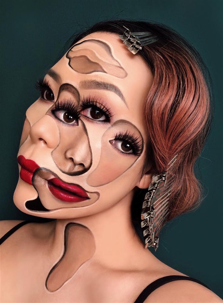 Chủ nhân màn hóa trang ảo giác của Ezra Miller tại Met Gala sở hữu hàng nghìn tác phẩm trang điểm đẹp đến rùng rợn-9