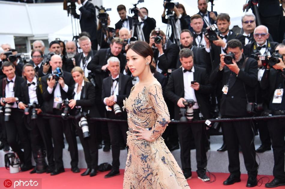 Mỹ nhân Hoa ngữ bị đuổi khỏi thảm đỏ LHP Cannes 2019: Hóa ra là a hoàn của Cao Quý Phi trong Diên Hi Công Lược-1