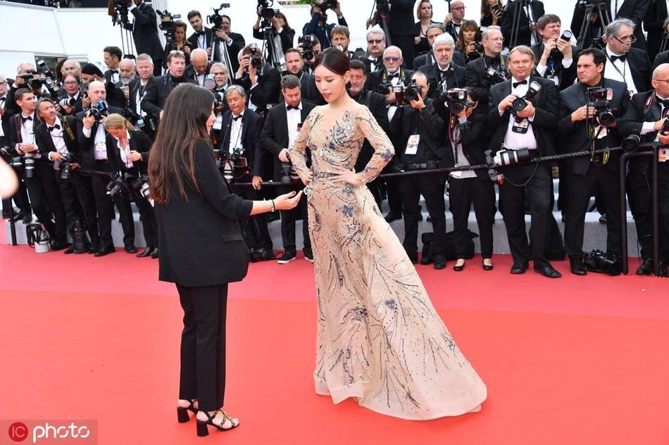Mỹ nhân Hoa ngữ bị đuổi khỏi thảm đỏ LHP Cannes 2019: Hóa ra là a hoàn của Cao Quý Phi trong Diên Hi Công Lược-2
