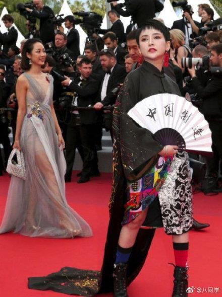 Khiếp sợ dàn mỹ nhân vô danh đổ bộ thảm đỏ Cannes: Người ăn mặc sốc nổi, kẻ bị đuổi thẳng thừng-8