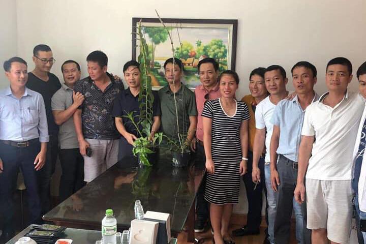 Tiết lộ của đại gia Hà Tĩnh ra Hải Phòng mua 2 chậu lan 3,5 tỷ-1