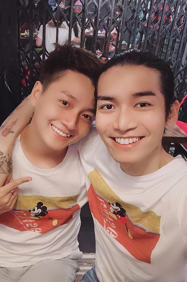 Sau cuộc chiến phân vai công - thụ, Ngô Kiến Huy và BB Trần đã xác định rõ ai vợ ai chồng-3
