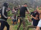 Cười ngả nghiêng với hậu trường Việt Anh đập đòn chí mạng Hồng Đăng trong 'Mê cung'