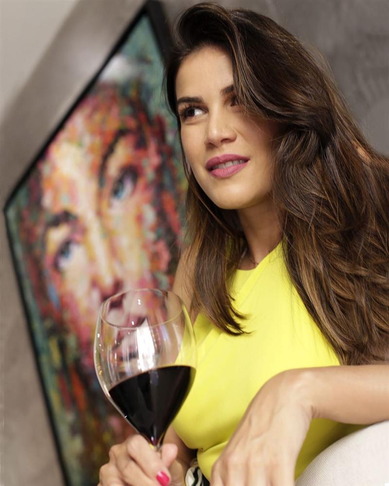 Bản tin Hoa hậu Hoàn vũ 15/5: Nhà báo Brazil quá xinh đẹp đe dọa khả năng intop của Hoàng Thùy-13