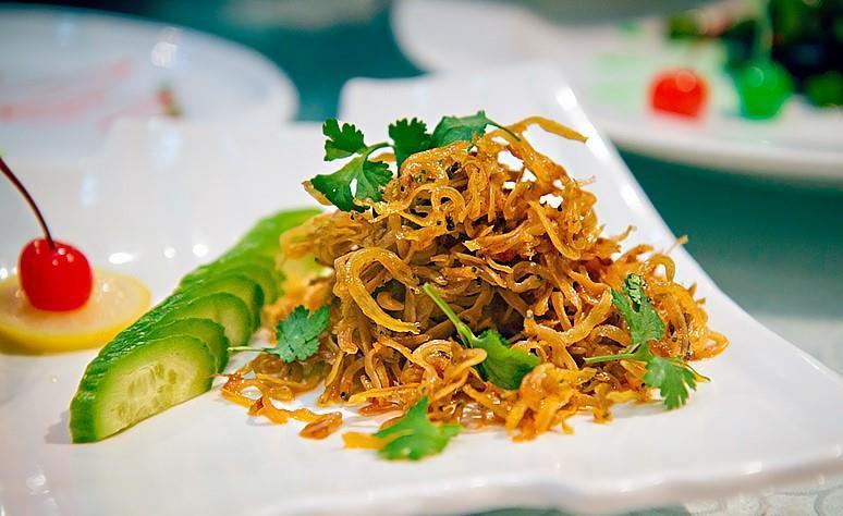 Mùa cá ngần, trổ tài nấu nướng với 6 món ăn ngon quên sầu-4