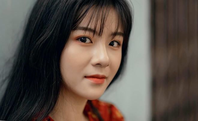 Nữ sinh Thái Nguyên gây nghiện người xem bởi chất giọng ngọt ngào, nhìn ảnh cận mặt còn ngây ngất hơn-3