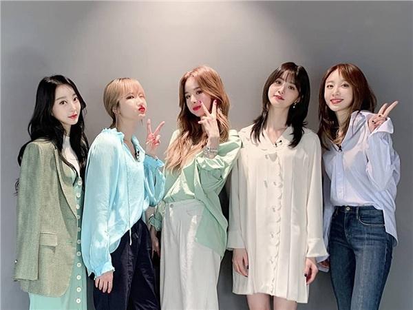 Trùng hợp khó tin: Winner - EXID comeback cùng ngày, cả tên album và ti tỉ thứ khác cũng giống nhau!-2