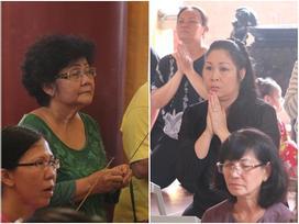 Hồng Vân - Minh Nhí - Quốc Thuận tới lễ cúng 49 ngày mất của cố nghệ sĩ Anh Vũ