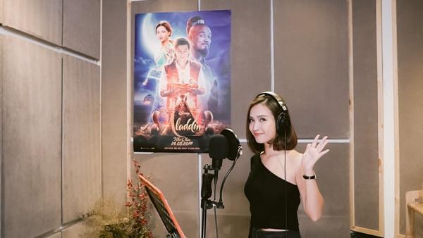 Ái Phương lồng tiếng cho công chúa Jasmine trong bộ phim Aladdin-1