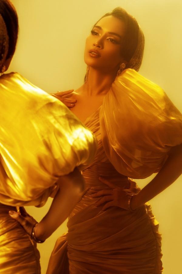 Ái Phương lồng tiếng cho công chúa Jasmine trong bộ phim Aladdin-3