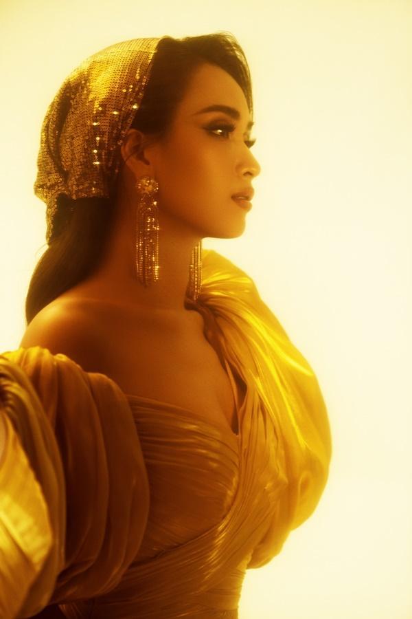Ái Phương lồng tiếng cho công chúa Jasmine trong bộ phim Aladdin-4
