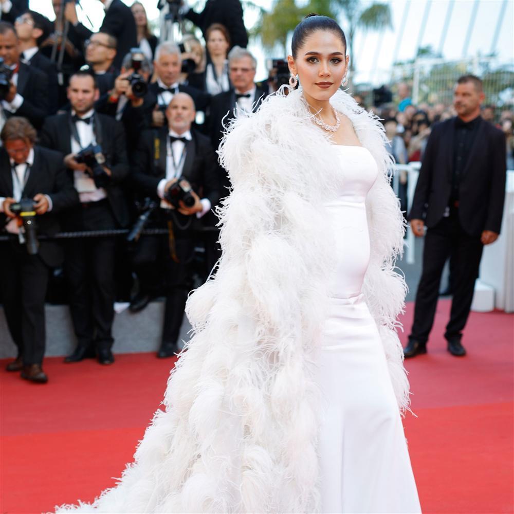 Mỹ nhân châu Á đẹp nhất thảm đỏ LHP Cannes: Nhan sắc thiên thần, body bốc lửa, lấy chồng giàu sang-8