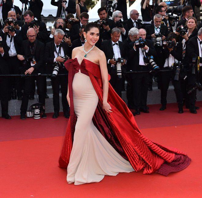 Mỹ nhân châu Á đẹp nhất thảm đỏ LHP Cannes: Nhan sắc thiên thần, body bốc lửa, lấy chồng giàu sang-7