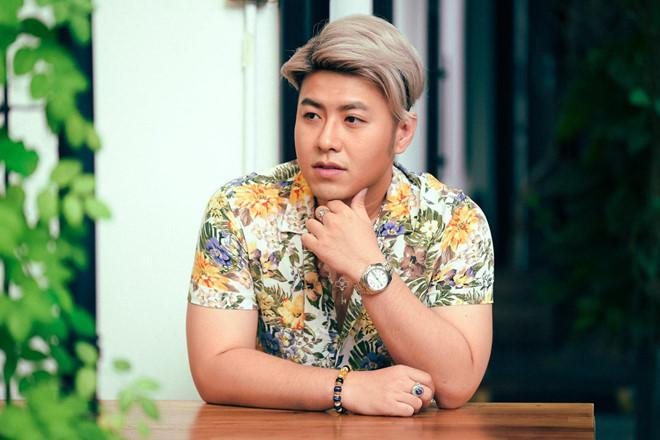 Akira Phan tăng cân, cạo tóc và tạm nghỉ hát vì stress-2