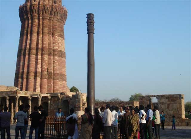 Cây cột sắt bí ẩn nhất Ấn Độ, tồn tại hàng ngàn năm mà không có dấu hiệu rỉ sét-1