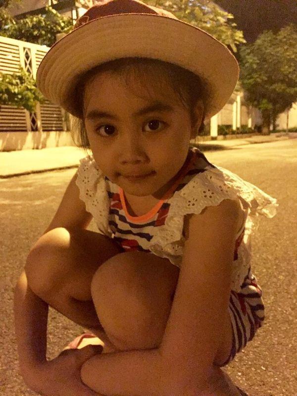 Con gái nhà Quyền Linh: Cô chị được khen giống Trương Bá Chi, cô em lại là bản sao hoàn hảo của mẹ-5