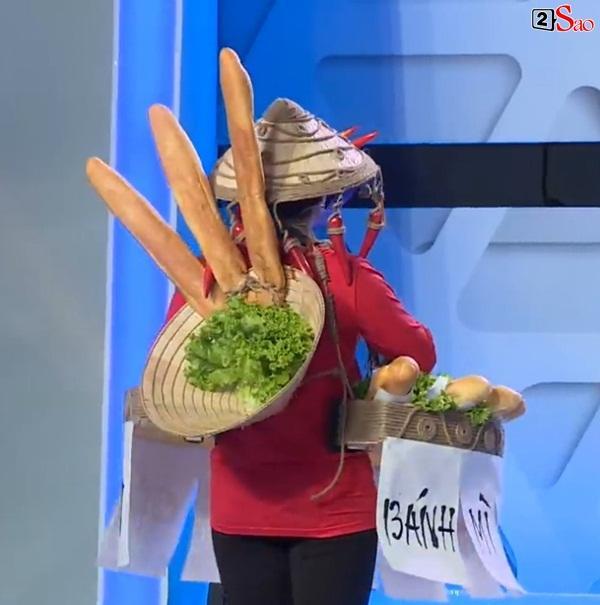 HÚ HỒN: Mặc quốc phục Bánh Mì y chang HHen Niê, Việt Hương cứ như đang thi Hoa hậu Hoàn vũ Thế giới-8