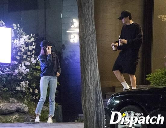 Mỹ nam Giày thủy tinh So Ji Sub bị tung ảnh hẹn hò nữ MC kém 17 tuổi-4