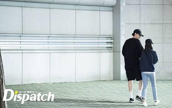 Mỹ nam Giày thủy tinh So Ji Sub bị tung ảnh hẹn hò nữ MC kém 17 tuổi-7
