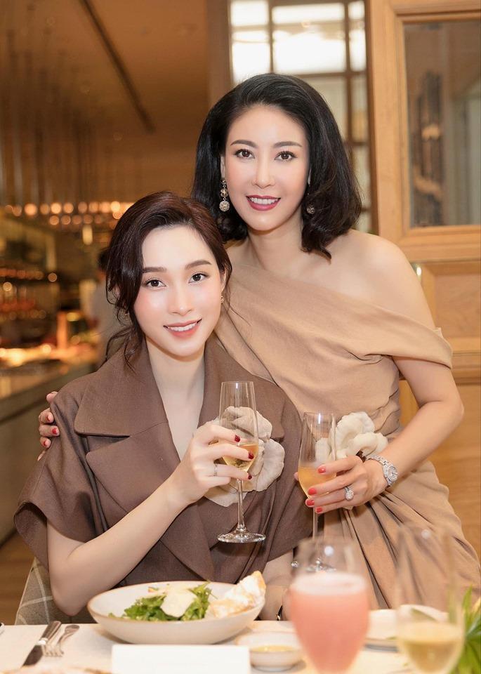 Gửi lời tri ân Đặng Thu Thảo, hoa hậu Hà Kiều Anh mong sẽ có nhiều ngày vui bên nhau-2