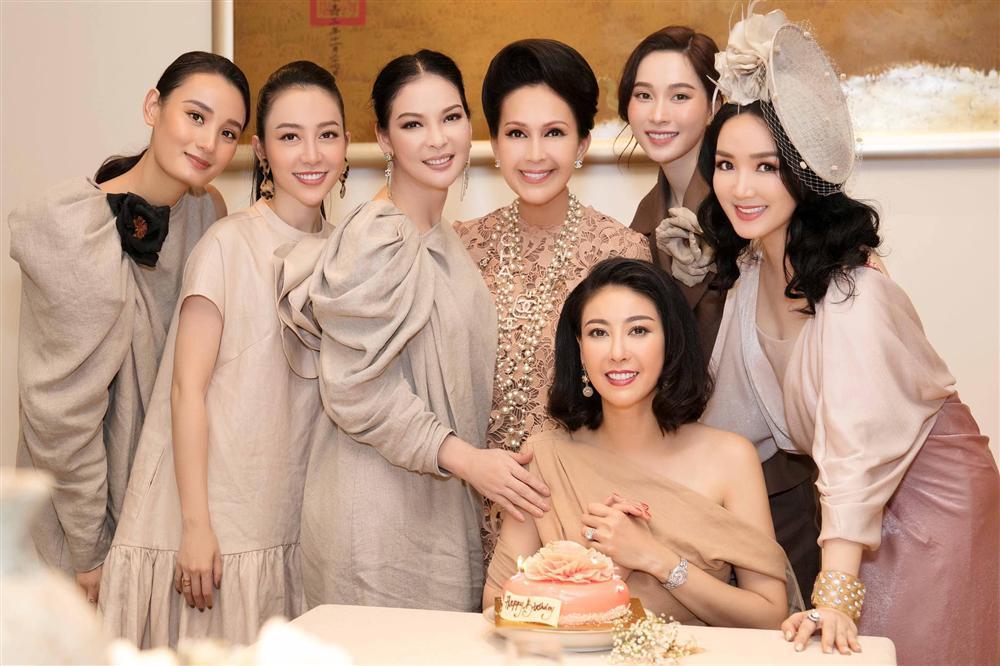 Gửi lời tri ân Đặng Thu Thảo, hoa hậu Hà Kiều Anh mong sẽ có nhiều ngày vui bên nhau-3