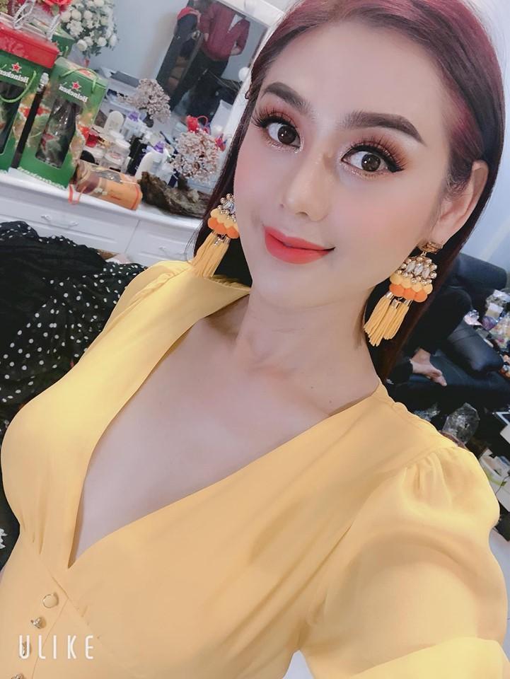 Lâm Khánh Chi xinh đẹp khoe ảnh con trai cưng, fan khen hết lời-5