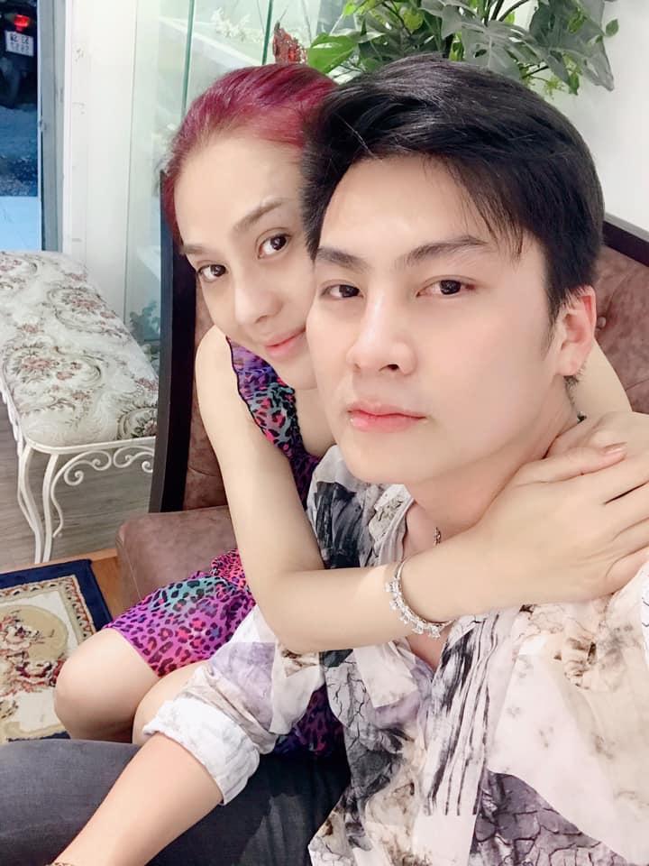 Lâm Khánh Chi xinh đẹp khoe ảnh con trai cưng, fan khen hết lời-8