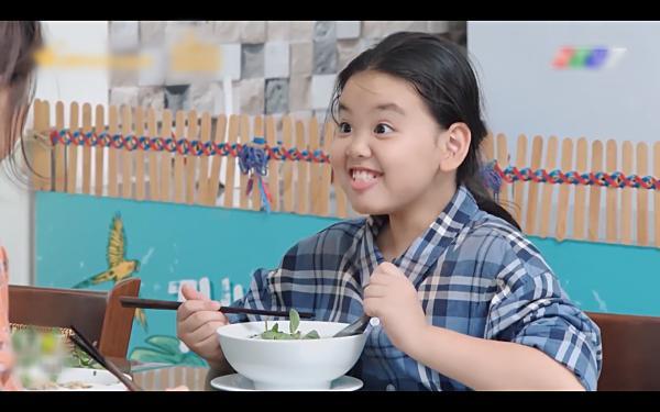 Những lần ăn uống bất chấp của Shin Ae bản Việt khiến ai xem cũng hết hồn-1