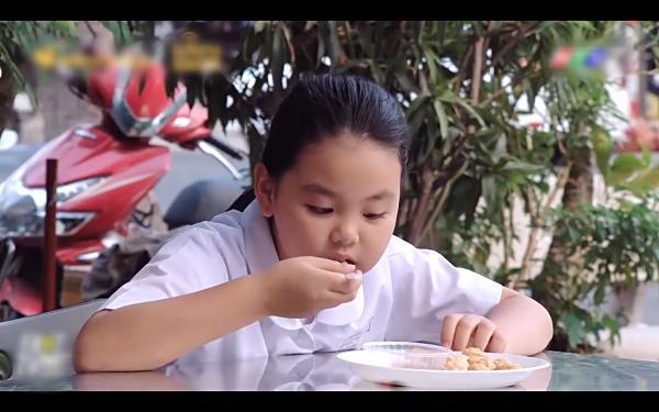 Những lần ăn uống bất chấp của Shin Ae bản Việt khiến ai xem cũng hết hồn-5