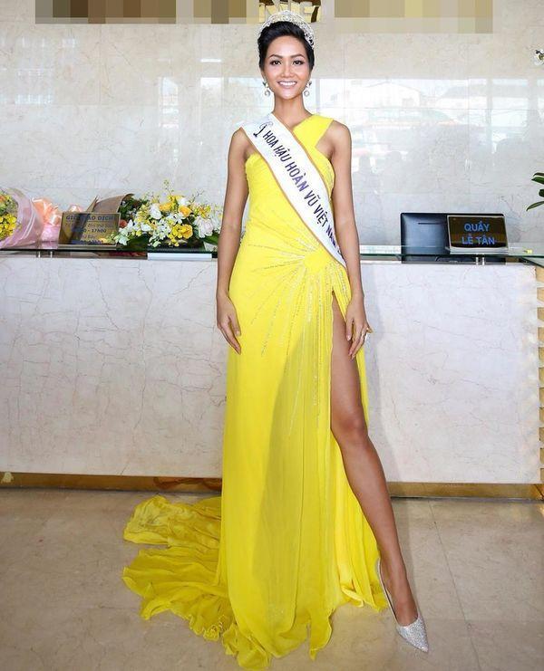 HHen Niê - Hương Giang: Những tưởng khác xa, ai ngờ lại có sở thích thời trang giống nhau đến thế-1